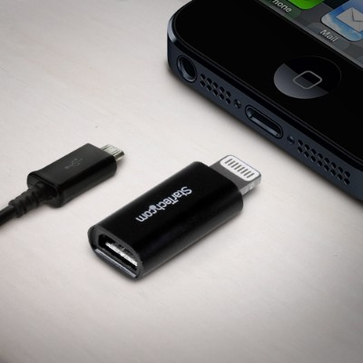StarTech.com USBUBLTADPB Black Apple Lightning to Micro USB Adapter - iPhone iPod iPad - iPad / iPhone / iPod charging / data adapter - Lightning / USB - Lightn