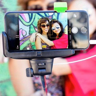 Emerge Technologies ETSELFIE iPhone 4\/5\/5s\/6 4.7 & Samsung Galaxy S III\/4 Selfie Stick