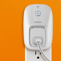 Belkin WeMo Switch - Control Your Electronics At Home Via Your iPhone, iPad, Smartphone Or Tablet
