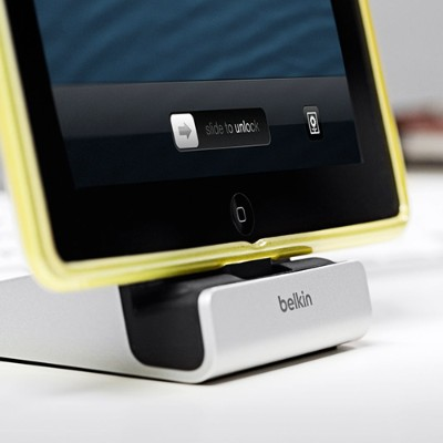 Belkin F8J088BT Express Dock with Lightning Cable Connecto for iPhone/ iPad with built-in 4-foot USB Cable